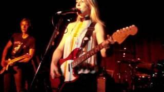 Liz Phair Extraordinary 12/12/10 - Maxwell's in Hoboken, NJ