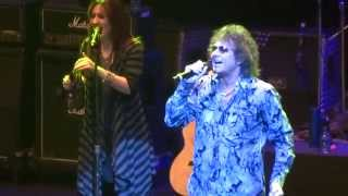 """""""Fooled Around & Fell In Love"""" Starship feat Mickey Thomas@Amererican  Music Lancaster, PA 1/31/13"""