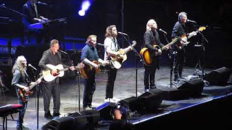 the eagles 2017 live vince gill hot youtube video collection youtube. Black Bedroom Furniture Sets. Home Design Ideas