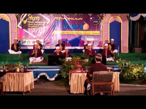 Ash Shofwa Festival Al Banjari Nongkojajar 2015 .