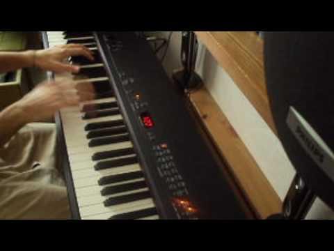 Chris Brown - Crawl (Piano Version)