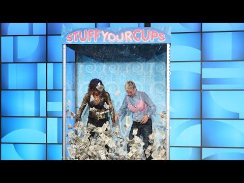 Ellen † s Favorite Games: Stuff Your Cups with Halle Berry