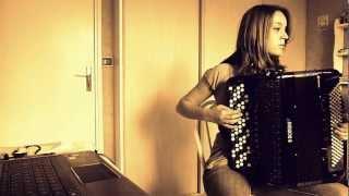 """Medley accordéon :  """"Nantes""""/ """"Sous le ciel de Paris""""/ B.O Le Parrain / """"Le port d"""