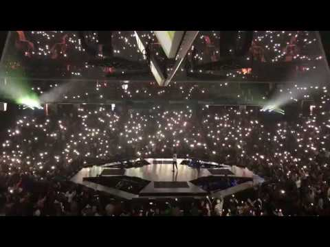 11 - Numb/Encore (Chester Bennington Tribute) - Jay-Z (Live in Charlotte, NC - 11/16/17)