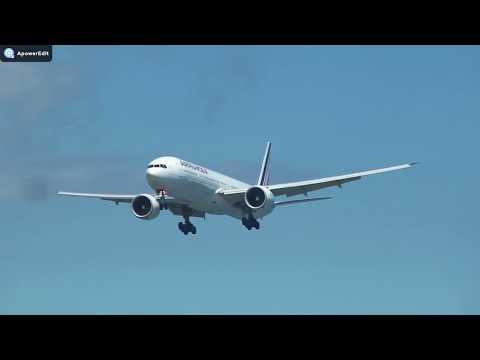 Air France Boeing 777-300 landing at St Denis de la Reunion (RUN)