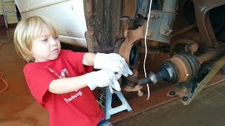 Kindergarten mechanic replaces wheel bearing on 2001 Corolla (2 minute version)