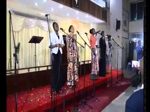 MINI CONCERT  D'ADORATION AVEC TAP WORSHIP GROUP JUNIOR  AU TAP RDCLE 20 06 2015