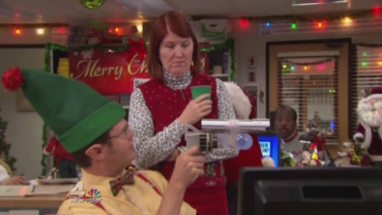 The Office - IT'S CHRISTMAS. - YouTube