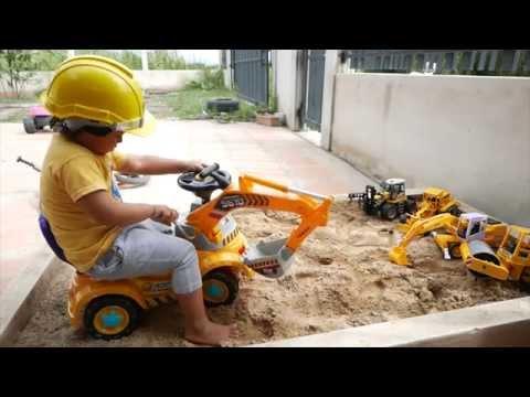 ชุดวิศวกร เล่นทราย บังคับ รถตักดิน รถแม็คโคร รถก่อสร้าง แม็คโคร TheKidsToy Excavator Digger