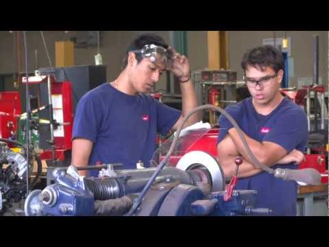 Students complete Honolulu CC's Auto Academy