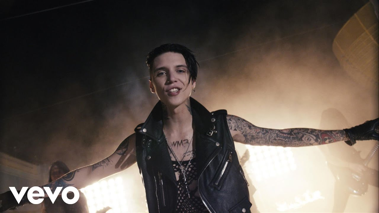 black-veil-brides-heart-of-fire