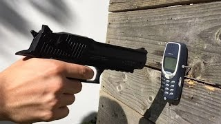 Repeat youtube video Nokia 3310 VS 16 Shots Double Action C02 BB GUN