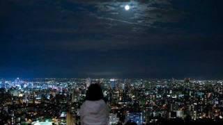 Nicky Astria~bulan berenda biru