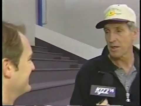 Jerry Sloan story about going into stands with Norm Van Lier with Chicago Bulls