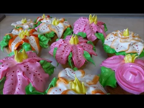 Рецепт КЕКСОВ на ЖЕЛТКАХ с ЗАВАРНЫМ кремом Как сделать ЛИЛИИ с белкового крема Сupcakes with cream
