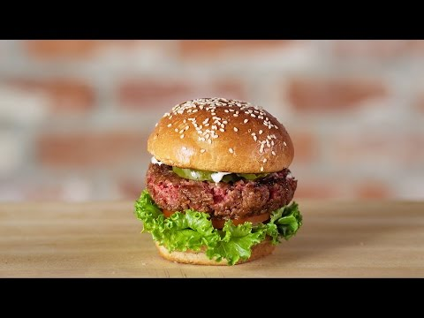 """This """"Impossible Burger"""" Is Made of Plants, Tastes Just Like Real Meat"""