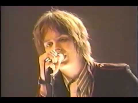 The Strokes - Alone, Together, Live @MTV $2 Bill 2002 mp3