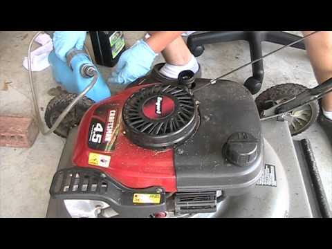 Oil change in a craftsman lawn mower with tecumseh engine for Best motor oil for lawn mowers