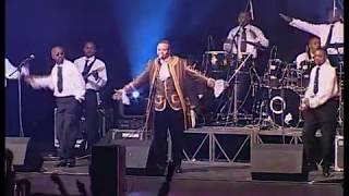 JB MPIANNA et WENGE BCBG au Zenith (concert) PARTIE 1