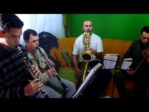 Sax baritono clarie e violino Hino CCB n°450