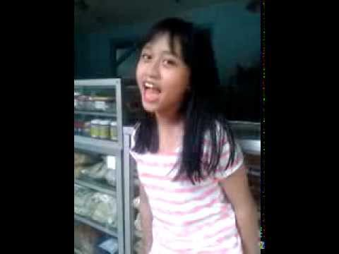 Vanessa Audyy (Adik @RandyMartin98 / 3c) - Putri Impian