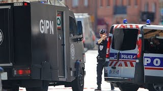Francia: Un muerto y varios heridos en un tiroteo en Toulouse