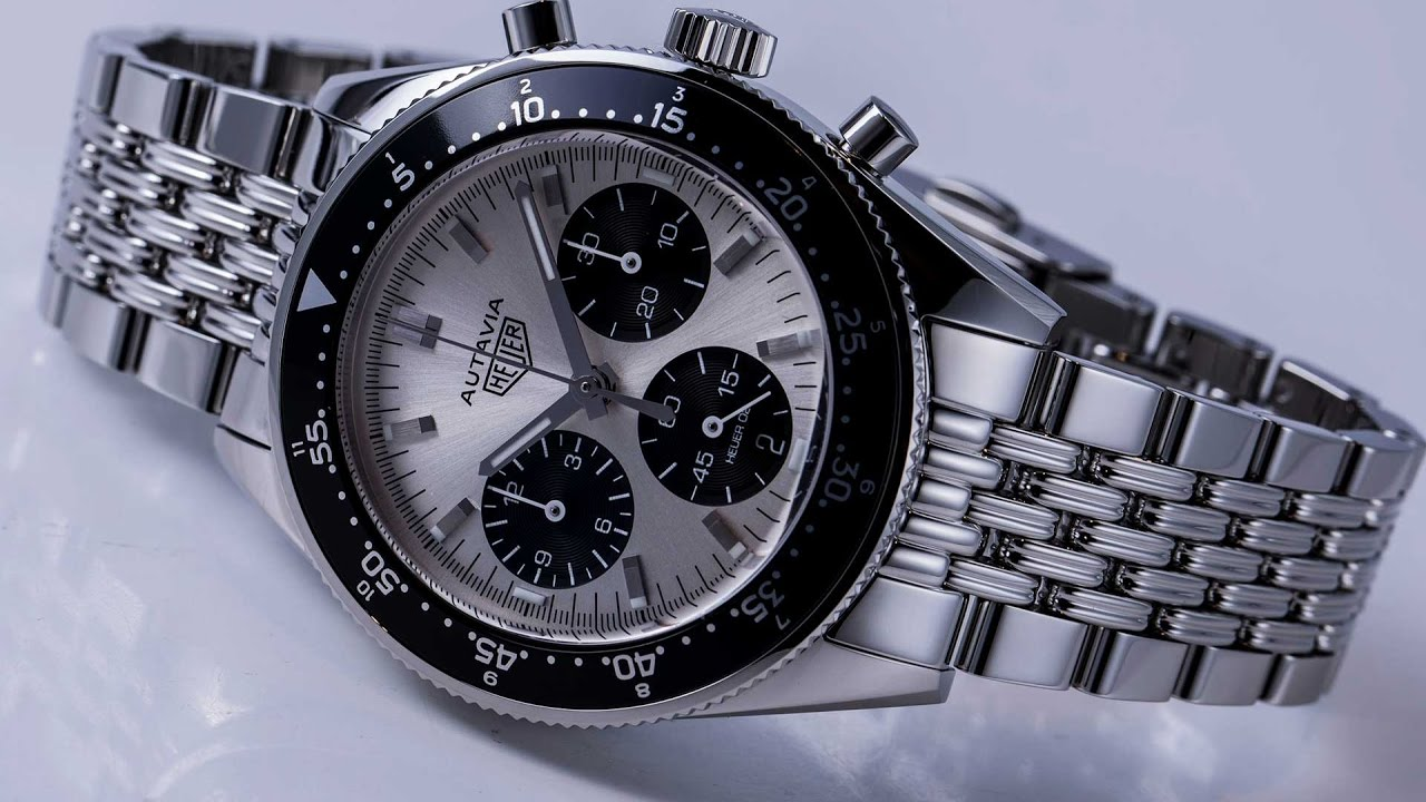 First look tag heuer autavia video youtube for Tag heuer autavia