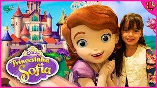 Vlog Laurinha no parque de diversões da Disney e seus brinquedos para crianças