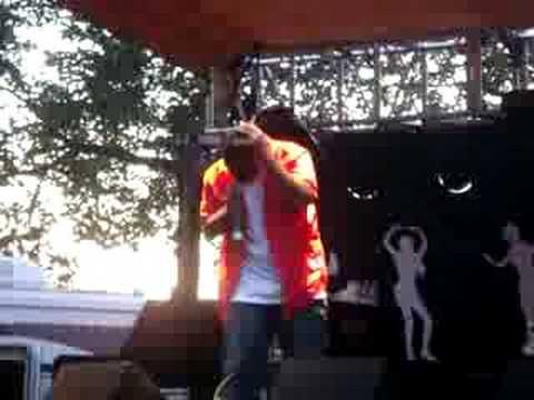 """Rhymefest - """"No Sunshine"""" Live"""
