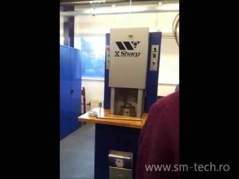 Masina automata de ascutit scule pentru centre de stantat CNC Wilson Tool X-Sharp