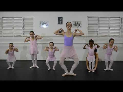 Vídeo-aula baby ballet/ trabalho de centro