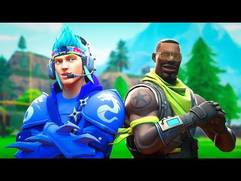 Playing Fortnite With Nav!