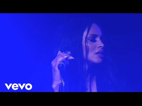 Ciara - I Will Survive (Live At Jackie Tour)