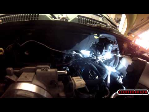 2006 Dakota Fuel Wiring Diagram How To Replace A Pcv Valve In A Late Model Chrysler 4 7l