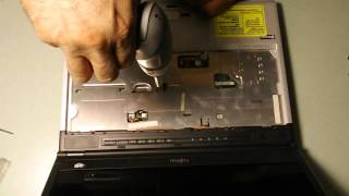 Disassembling of Fujitsu Lifebook s760