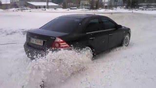 Учимся водить машину зимой в Школе совершенствования вождения Карбон www.carbon.co.ua