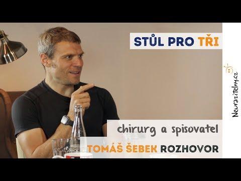 Tomáš Šebek rozhovor: Každý chirurg dělá chyby, je to jenom člověk | Neurazitelny.cz | Stůl pro tři