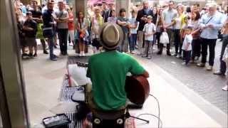 Edwin One Man Band - BUDAPEST - Folkin' & Busking in Milan - part 2