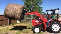 31HP YNM YM 2610 D Round Hay Bale Lifting Demo