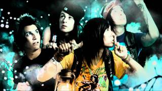 Pierce The Veil - Caraphernelia (Acoustic)