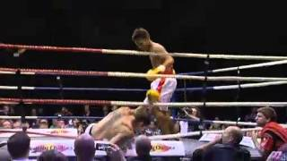 Hooper wins boxing world title with knock out punch Thumbnail