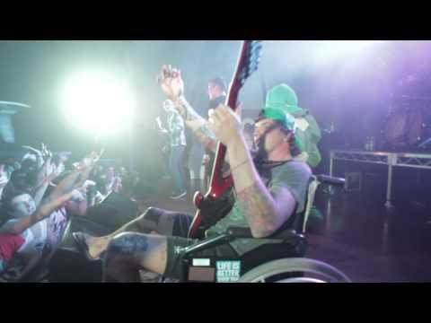 Parkway Drive - Live at Byron Bay, Australia, 2011 [HD] ( Sleepwalker Karma Romance is Dead )