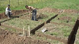 видео Строим баню на даче своими руками