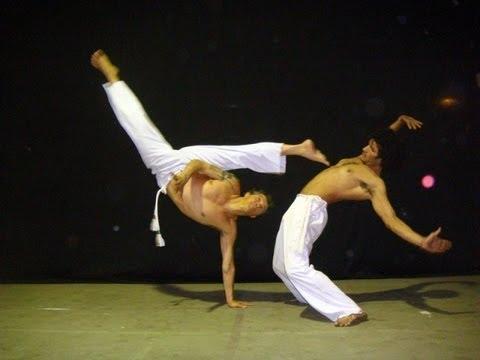 Capoeira: The Brazilian Martial Art - Students (Alunos) Capo