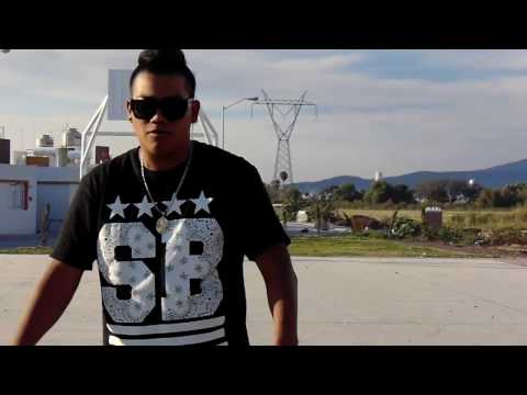 MC DANY ---VIVES EN MI---VIDEO OFICIAL