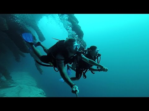Backpacking Central America - Active Volcanoes to Coral Reefs  GoPro HD
