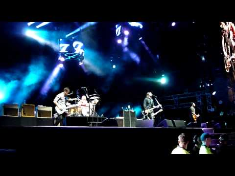 Times Like These/Dear Rosemary - Foo Fighters. Perth 28 November 2011