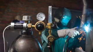 видео Отличия аргонной сварки от газовой