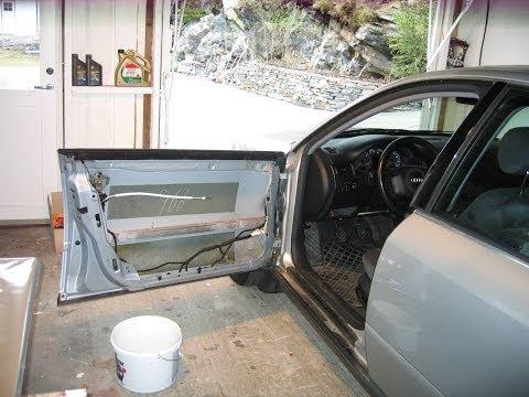 Audi A6 4B C5  Window guideregulator repair 720p HD