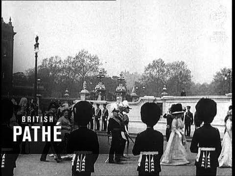 The Unveiling Of The Queen Victoria Memorial (1931)
